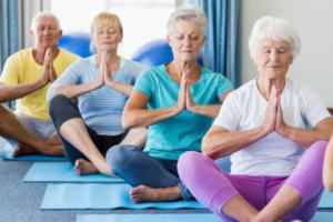 seniors en forme actifs et heureux, santé préservée