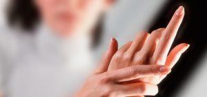 comment enlever mes taches brunes, mes lentigos, sur les mains ?